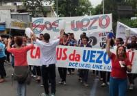 Uezo fez assembleia e passeata no centro de Campo Grande