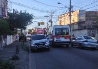 Jardim Santo Antônio pede sinalização e fiscalização do trânsito – a faixa da direita é usada como estacionamento