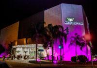 West Shopping ilumina sua fachada e promove ação de conscientização em apoio à campanha 'Outubro Rosa'