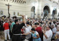 Sem representação na Zona Oeste fiéis receberão a primeira benção do ano na Tijuca