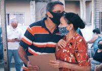Moradores da Capelinha em Magalhães Bastos recebem títulos de propriedade
